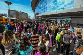 ArtsBridge Field Trip - students arriving Cobb Energy Centre-DAYBOOK